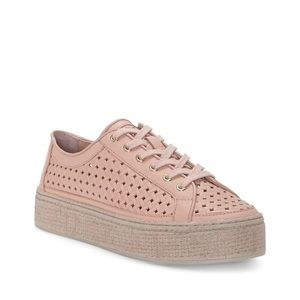 NEW Vince Camuto Calanie Platform Sneaker